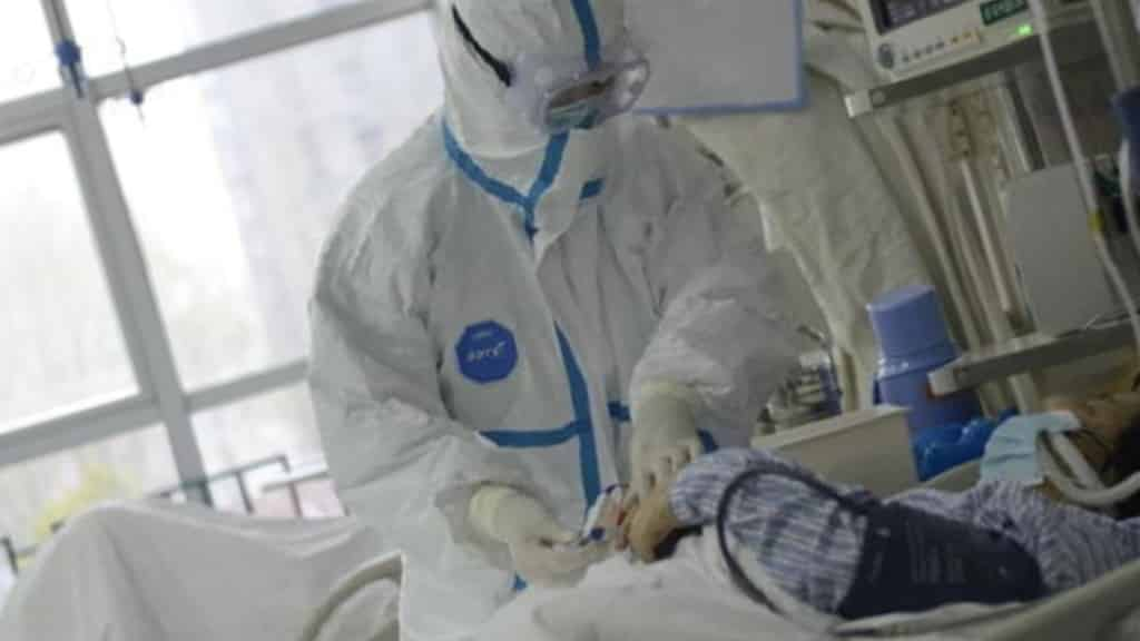 Опасен ли коронавирус для курящих